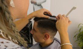 hairdresser-1684810_1920